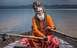 Portrait of sadhu Baba Nondo Somendrah, Varanasi, India.