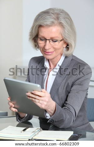 Portrait of senior businesswoman in office