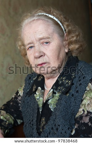 Portrait of the woman of 86 years