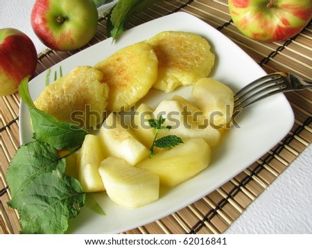 Potato pancakes with stewed apples