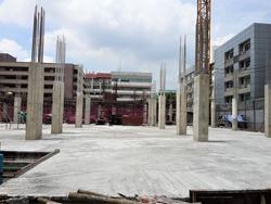 Pouring concrete floors