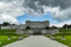 Power court Garden - Ireland