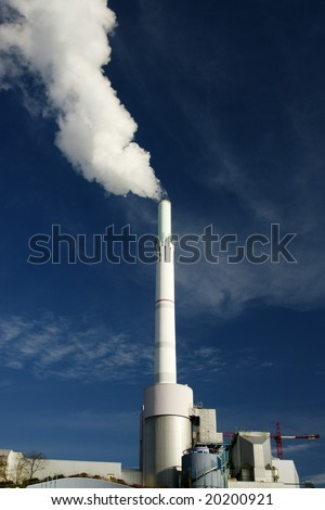 Power Plant emitting fumes in atmosphere
