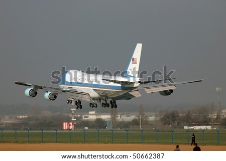 PRAGUE - APRIL 8: Air Force One lands on April 8. 2010 in Prague. President Obama is expected to sign strategic agreement 'START' between US and Russia.