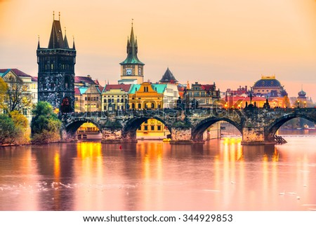Prague, Charles Bridge and Old Townl. Czech Republic Foto stock ©