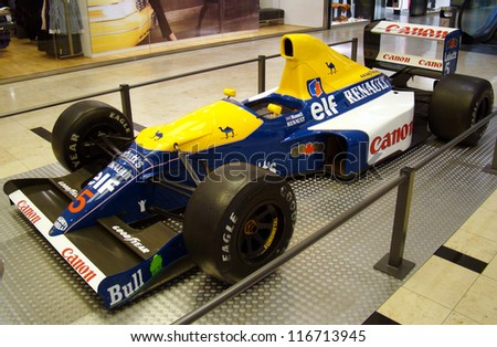 PRAGUE - OCTOBER 16: Exhibition of historic Formula 1 cars in Prague, Czech rep.,on October 16, 2009. (Williams FW14) Nigel Mansell's formula.