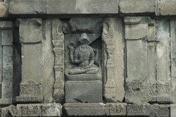 Prambanan Temple is decorated with narrative reliefs that tell the epics of Hinduism, Ramayana and Krishnayana. The story of the carvings on the walls of Hindu religious temples