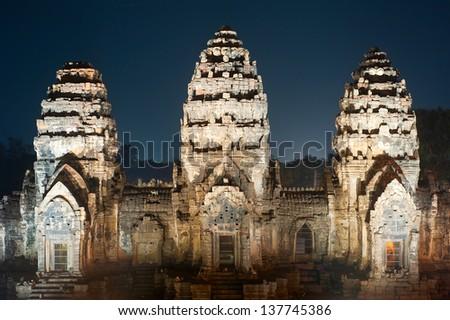 Prang Sam Yot, the Khmer temple in Lopburi at night