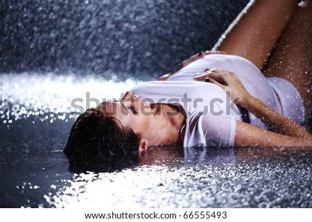 pregnant woman in water studio
