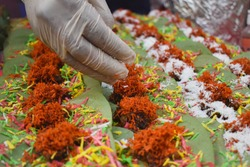 preparation of Paan by street vendor