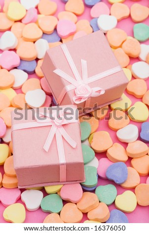 Presents on candy hearts â?? love to give gifts