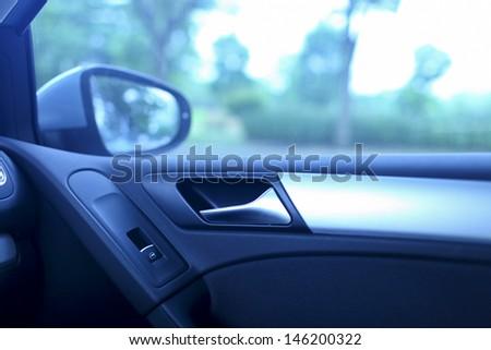 press the button to open car door