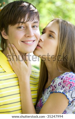 Steven Perry Photos   Bradley steven perry and ryan newman kissingBradley Steven Perry And Ryan Newman Kissing