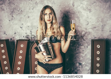 rash-girl-with-bottle-in-ass-man-teenages-xxx