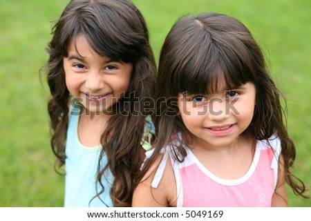 pretty little brunnete girls smiling