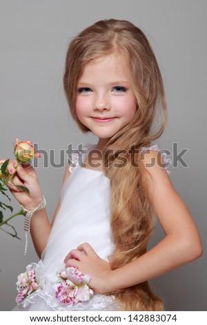 nude pics young girls long hair