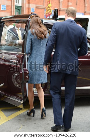 Prince William and Catherine Duchess of Cambridge arrive in Nottingham during the Royal Jubilee Tour. Nottingham, UK. June 13, 2012, Nottingham, UK Picture: Catchlight Media / Featureflash