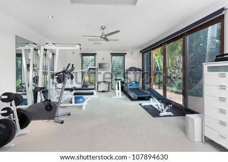 Private gym in luxury home #107894630