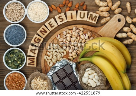 Products containing magnesium: bananas, pumpkin seeds, blue poppy seed, cashew nuts, beans, almonds, sunflower seeds, oatmeal, buckwheat, peanuts, pistachios, dark chocolate and sesame seeds