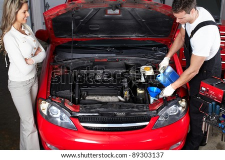 Female auto mechanic for Garage service professionals