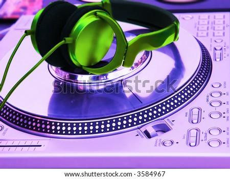 Professional Player Logo Professional dj Vinyl Player