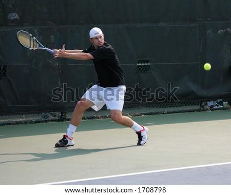Roddick Tennis Serve Tennis Player Andy Roddick