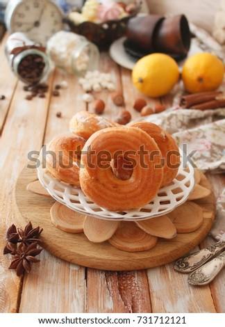 Profiteroles with lemon cream