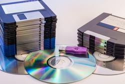 Progression of computer data storage media from floppy to USB flash stick through the DVD rom