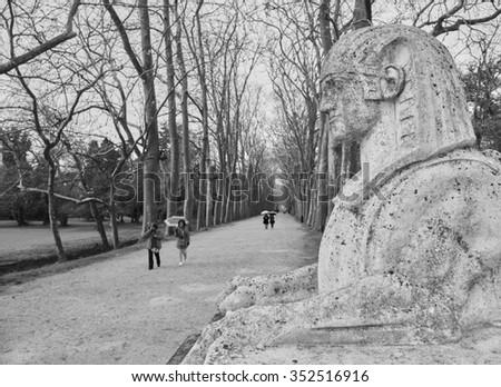 promenade au Château de Chenonceau #352516916