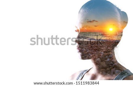 Psychoanalysis and meditation, concept. Profile of a young woman and sunset over the ocean, calm and mental health. Image with double exposure effect. The subconscious and how the brain works Stok fotoğraf ©