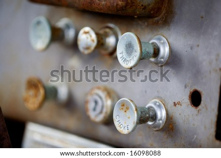 Pull knobs - choke and throttle with shallow depth of field