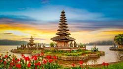 Pura Ulun Danu Bratan, Famous Hindu temple on Bratan lake at sunrise in Bali, Indonesia.