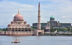 Putra Mosque and Perdana Putra in Putrajaya, Malaysia.