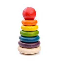 Pyramid shape of colored wooden rings - Baby toy