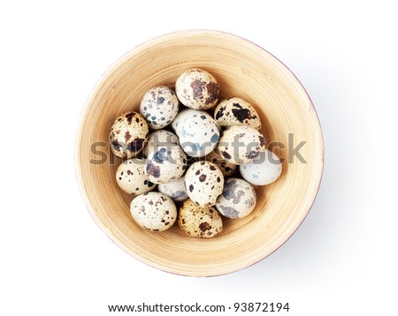 Quail eggs in bowl. With clipping path.