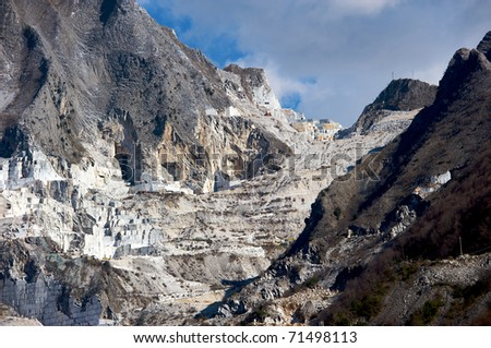 quarries carrara
