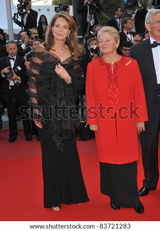 """Queen Noor of Jordan & former Norwegian prime minister Dr. Gro Bruntland at the premiere of """"Countdown to Zero"""" at the 63rd Festival de Cannes. 5-17-10 Cannes, France Photo: Paul Smith / Featureflash"""