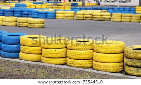 Racing line with color tires