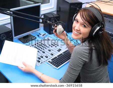 how to broadcast talk on radio dj