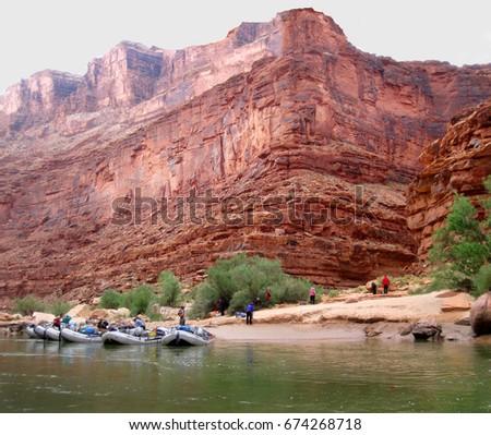 rafting the colorado river