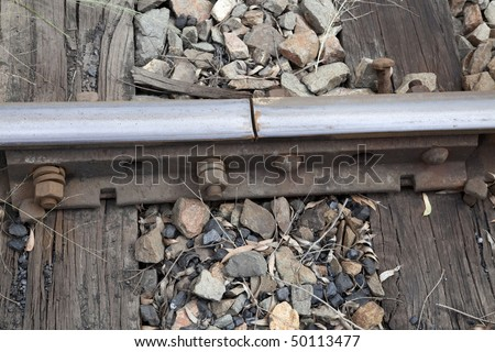 external image stock-photo-railway-track-expansion-joint-50113477.jpg