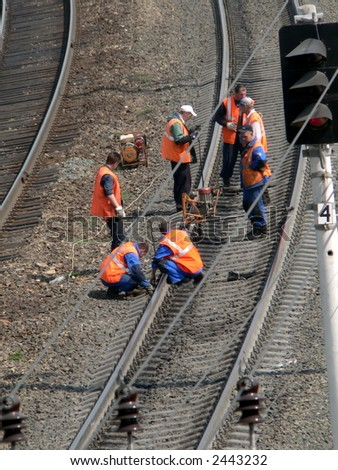 Railway workers make checkup