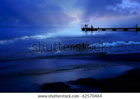 Rain empress at the sea goes fishing, quite bay