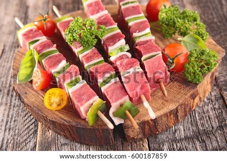 raw beef skewer
