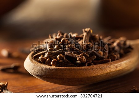 Raw Brown Organic Cloves Ready to Use