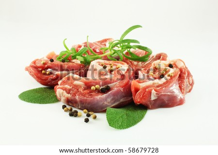 Raw lamb with sage, rosemary, pepper, coriander