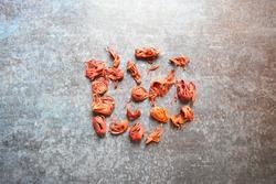 Raw whole dry Mace spice
