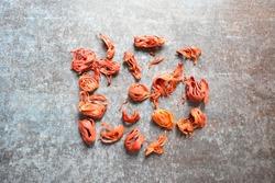 Raw whole dry organic Mace spice