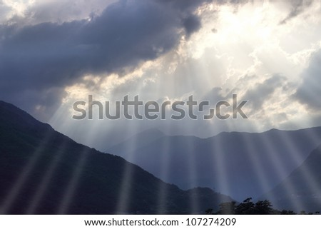 Rays of sunshine breaks through the clouds