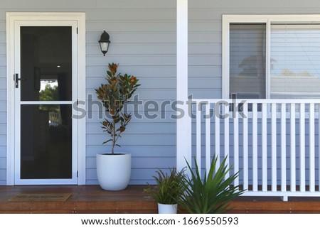 Real estate front door facade Foto stock ©